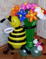 №2.11 Пчела с цветами (15 шт.) и бабочка. Стоимость композиции - 1650 р.