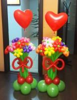 №14.27 Букет из 9-и цветов с сердцем - 590 руб.