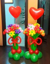 №12.24. Букет из 9-и цветов с сердцем - 560 руб.