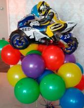 №10.81. Мотоциклист на шарах (шариков 10 шт.), стоимость с обработкой - 860р., без обработки - 760р.