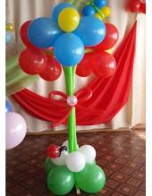 №6.12. Клумба с тремя цветами, высота 1.3 метра, стоимость 350р.