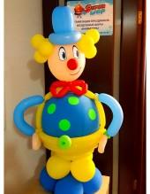 №6.47. Клоун из шаров, высота 1.3 метра, стоимость 950р.