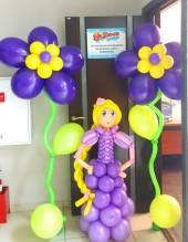№6.48. Гелиевый цветок, высота 1.8 метра, стоимость - 560р. Принцесса из шаров, высота 1.3 метра, стоимость - 1000р.