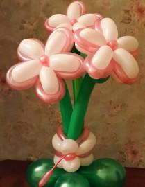 №1.24. Букет из 3-х цветов на подставке - 230р. Цвет любой, высота 1 - 1.2м.