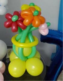 №1.01 Букет из 5 цветов  на подставке.  Стоимость 400 р.